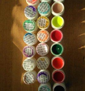 Цветной гель для ногтей