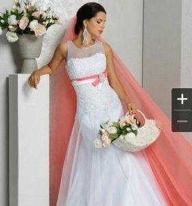 Новое свадебное платье. Размер 40-42