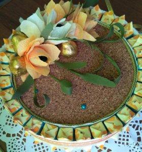 Торт ручной работы из конфет