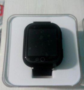 Сенсорные GPS часы.