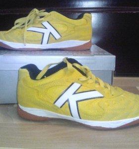 Kelme(обувь для зала)