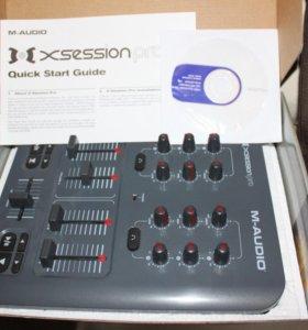 DJ контроллер M-AUDIO X-SESSION PRO