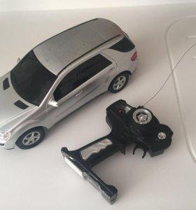 Машинка Mercedes на радиоуправлении б/у