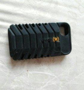 Противоударный чехол на айфон4