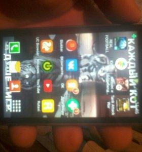 Самсунг Galaxy GT-S7562