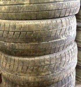 Шины зимние Bridgestone