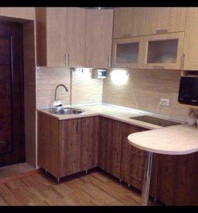 Продам кухонный гарнитур и варочную панель