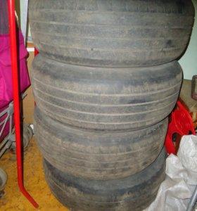 Резина Dunlop 205 60 R16