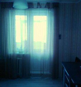 Сдается 2х комнатная квартира,цена за все!+свет.