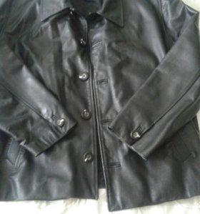 Кожанная куртка .