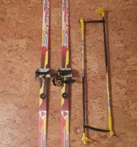 Лыжи 130см, палки 80см(торг)