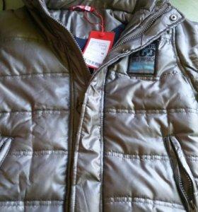 Куртка на весну ,5,6 лет