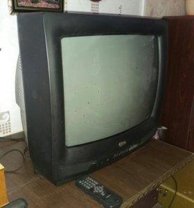 Телевизор LG, диагональ ~ 19 дюймов