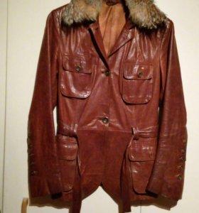 Пиджак куртка 44р нат. кожа мех волк, съемный