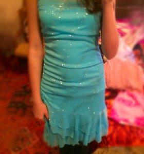 Платье (праздничное,выпускное , танцевальное)