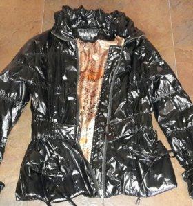 Куртка ветровка лаковая !