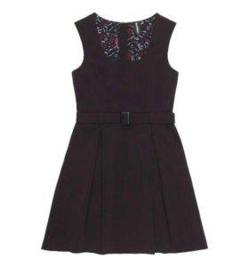 Новое школьное платье-сарафан Акула, р.134