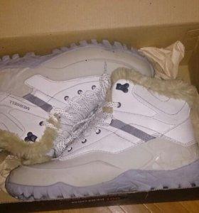Кросовки (ботинки) зимние