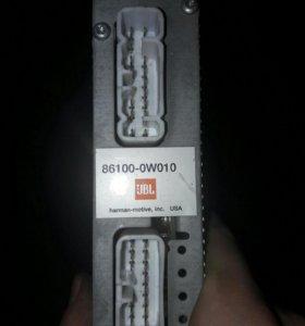 Усилитель toyota 86100-0w010