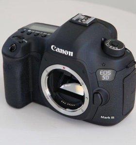 Фотокамера Canon 5D Mark III