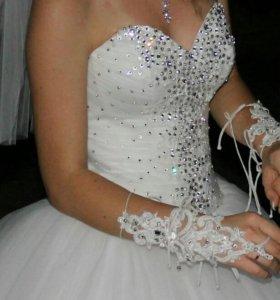 Свадебное платье 42-44р