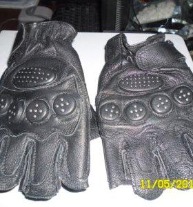 Перчатки (митенки), кожа, новые