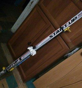 Лыжи 150см палки, ботинка 35