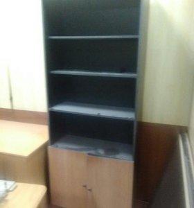 Диван 4 шт,2 стола,2 шкафа