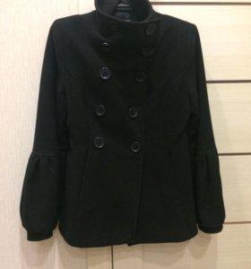Пальто демисезонное р42 -44