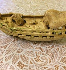 Кораблик и сачок для рыбок