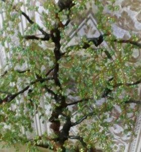 Дерево из бисера ручной работы