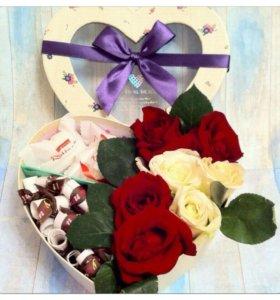 Коробочка с живыми цветочками и признаниями