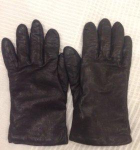 Кожаные перчатки на подкладке