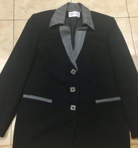 Пиджак фирменный на 48-50