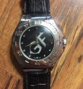 Часы новые