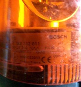 Мигалка  Проблесковый маяк BOSCH 7782332011. 12 V