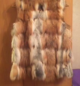 Жилетка из меха лисы
