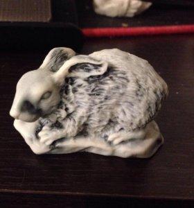 Мрамор фигурка кролик