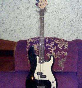 Басс гитара с усилителем