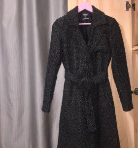 новое пальто на поясе