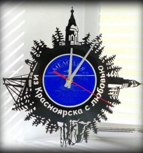 """Часы """"из Красноярска с любовью"""", из пластинки"""
