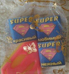 Мыло и 3 конфеты