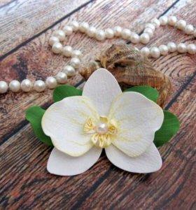 Заколки с орхидеей ручной работы