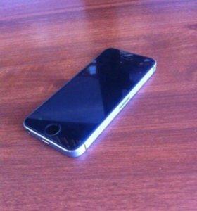 Айфон 5s на 64 гиг