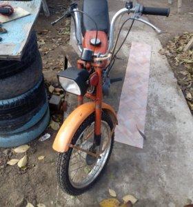 Продаю или меняю на скутер мопед Дельта рмз 2.124