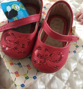 Туфельки детские новые