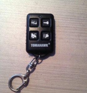 Два пульта сигнализации tomahawk