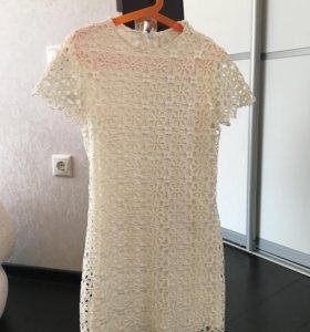 Платья очень много платьев
