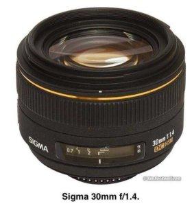 Объектив Sigma 30mm