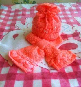 Модный комплект шапочка+шарф, новый
